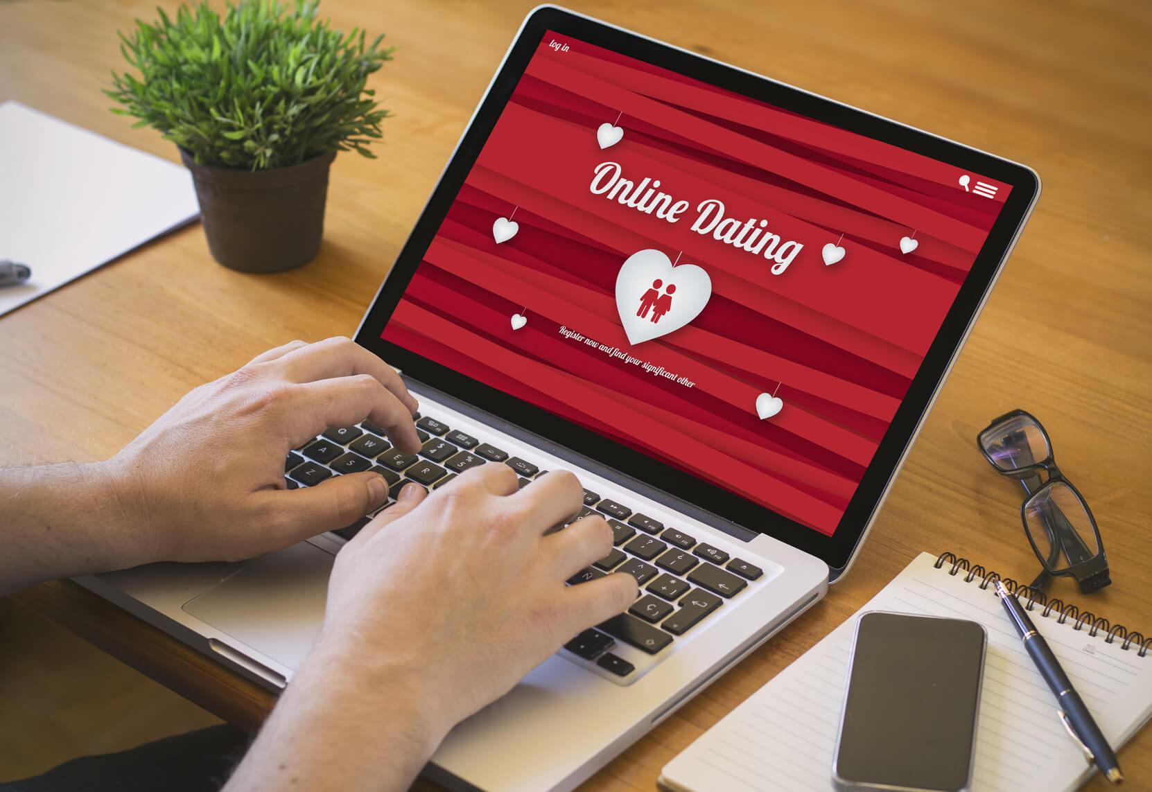 Buscar parecidos con famosos online dating