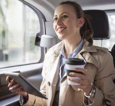 ¿Qué te parece? Crean primer servicio de transporte sólo para mujeres
