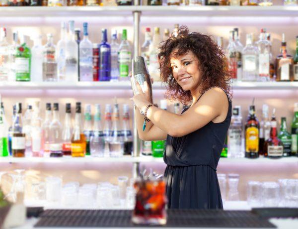 ¿Cómo ser una barwoman y no morir en el intento?