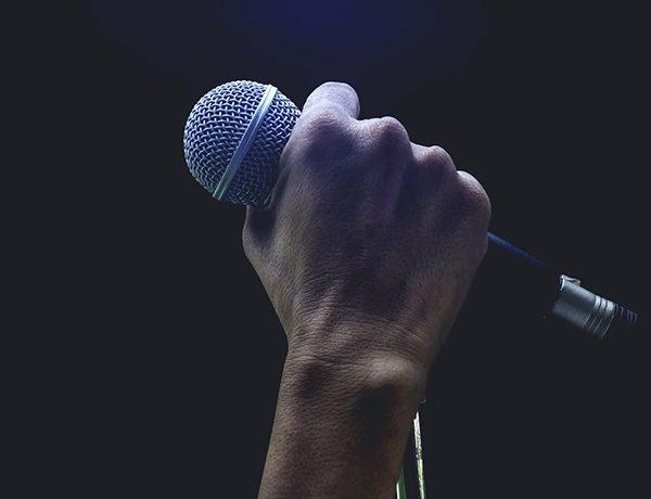 ¡Probando 3,2,1! Él es el mejor cantante de la historia